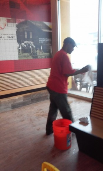 Restaurant Cleaning in CA